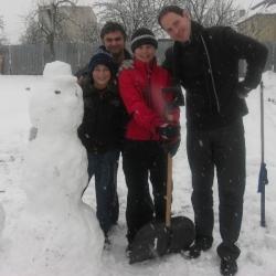 Snehuliak na fare (27.11.2010)